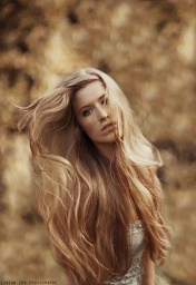 Long-Blonde-Hair%5B1%5D[1].jpg